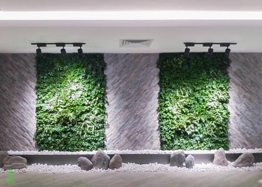 green wall office